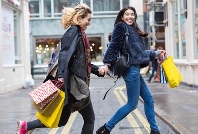 Как шоппинг может сделать вас счастливее?
