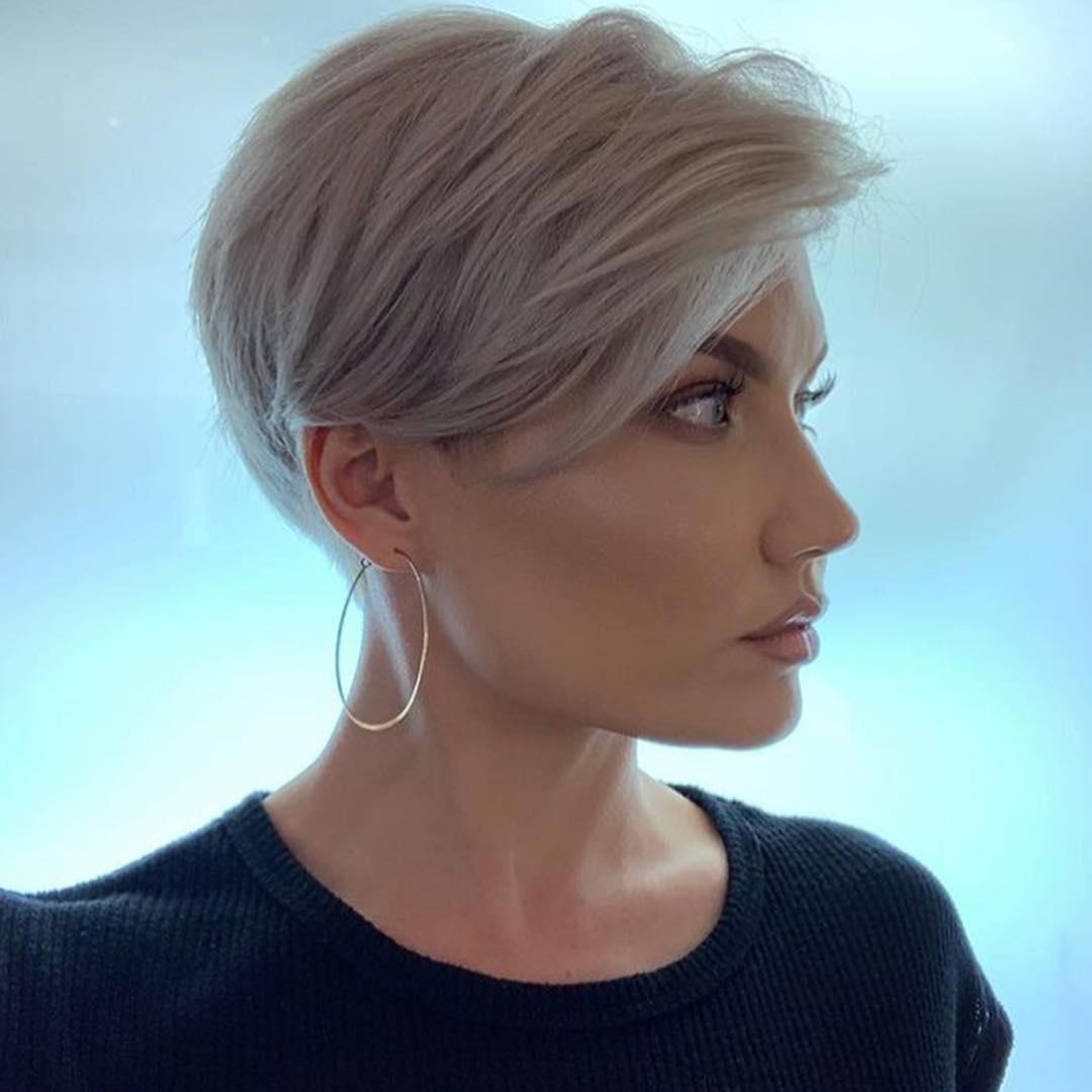Короткие стрижки для прямых волос: 16 разнообразных идей