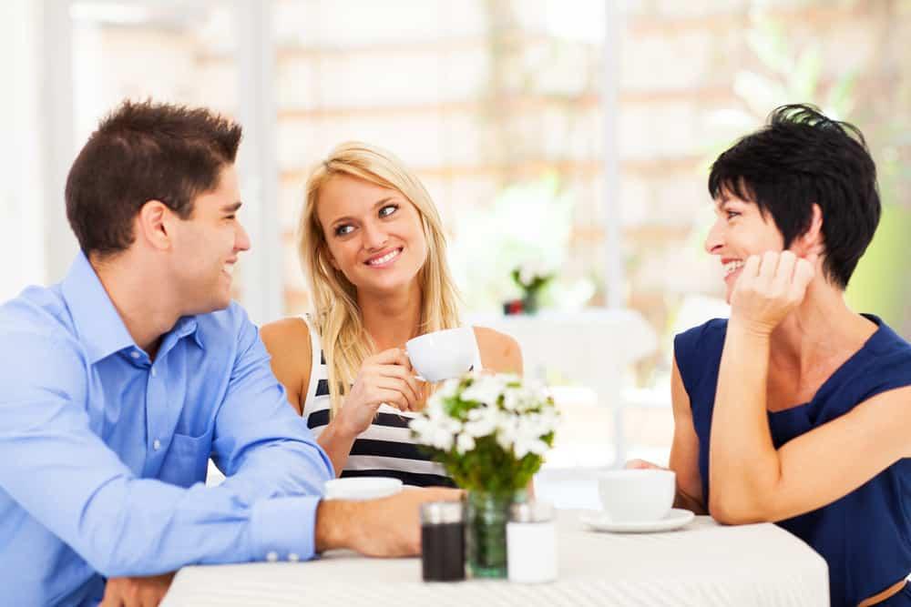 Как правильно и оригинально ответить на комплимент мужчины