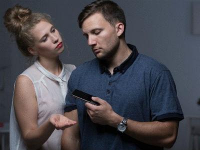5 «безобидных» привычек женщин, из-за которых мужчины уходят навсегда