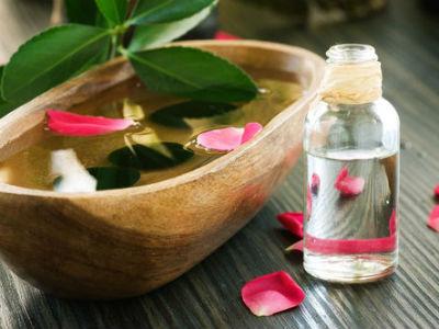 Розовая вода: Как ее изготовить и в чем ее польза?
