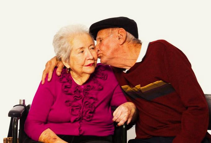 Мужчины, берущие в жены умных женщин, живут дольше