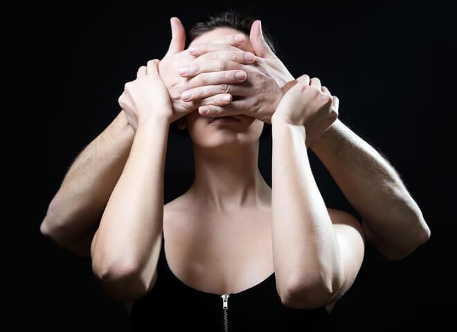 Мужская манипуляция: Ты без меня пропадешь