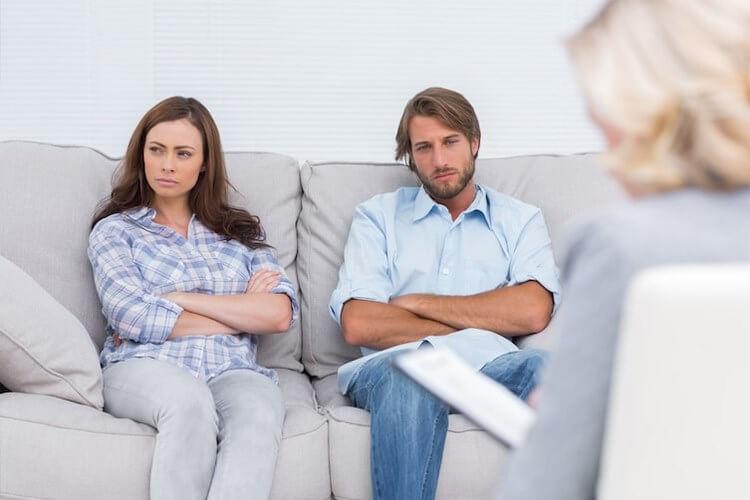 Для мужчин — 15 причин, почему жена стала злой и раздражительной