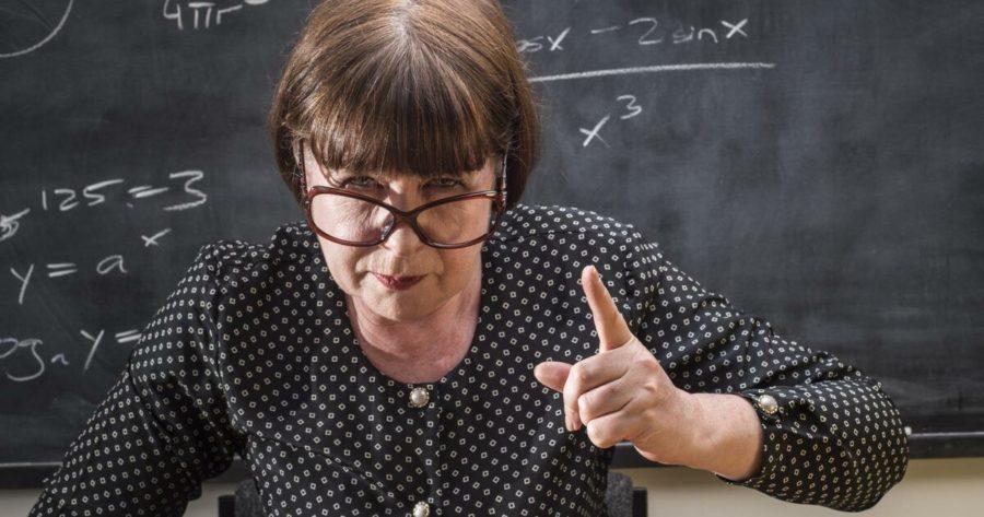 — Запомни, сын уборщицы никогда не будет директором, — наставительно говорила преподавательница