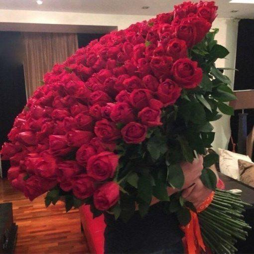 Мужчины, не покупайте женщине розы