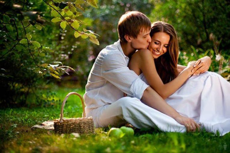 8 знаков, которые показывают, что ваш мужчина предан вам