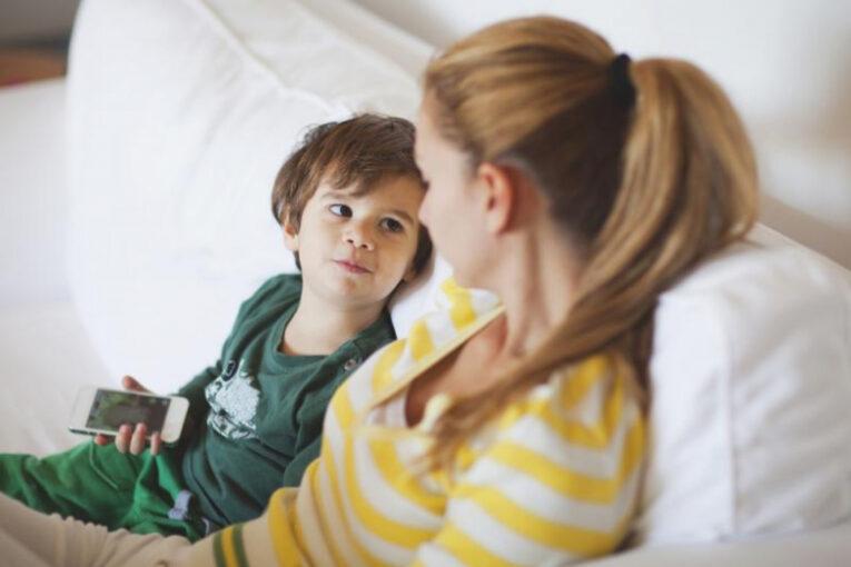 Этот нюанс в общении с детьми сделает их успешными в будущем