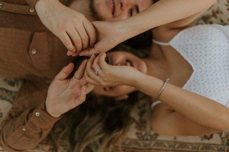 11 правил общения с мужчиной-интровертом