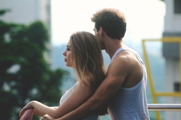 Как определить скрытый шантаж в отношениях и бороться с ним: советы психолога
