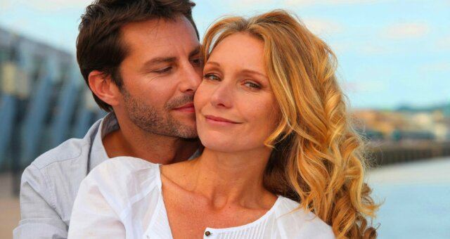 Любовь с большой разницей в возрасте: эксперт рассказала, имеют ли такие отношения будущее