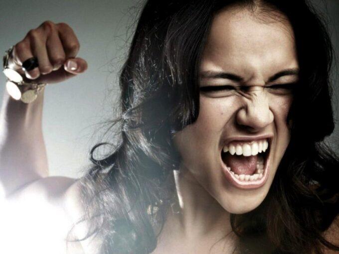 Как гнев физически изменяет ваш мозг и тело