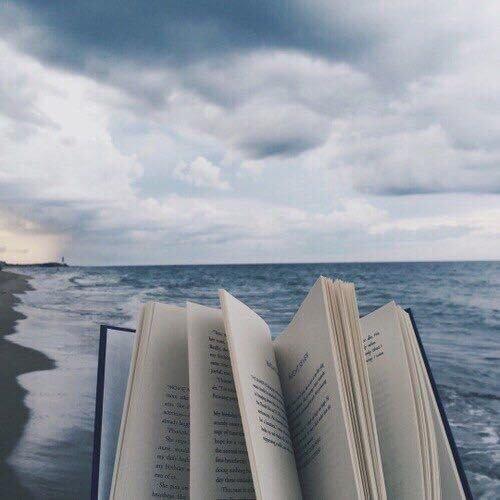 Проникновенно о жизни: «Надо жить у моря, мама…»