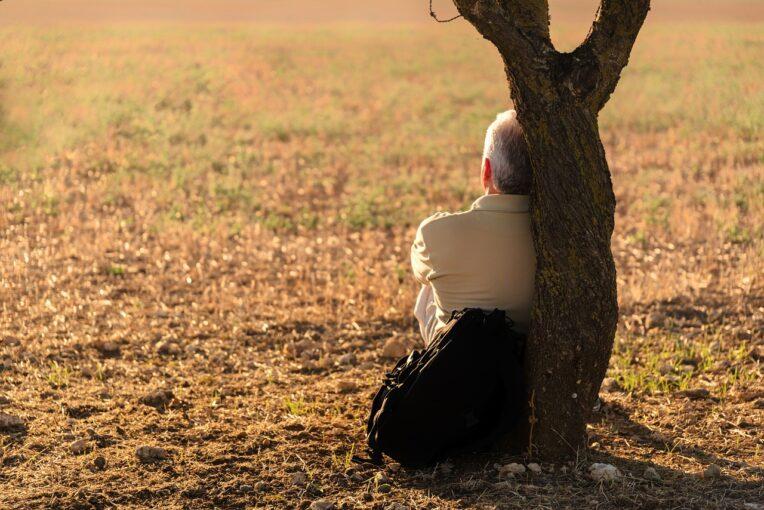 Одиночество опаснее для вашей жизни, чем что-либо другое