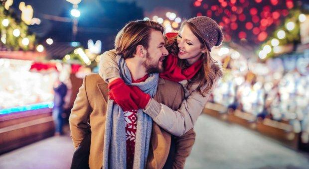 Как научить мужчину дарить подарки: 5 способов