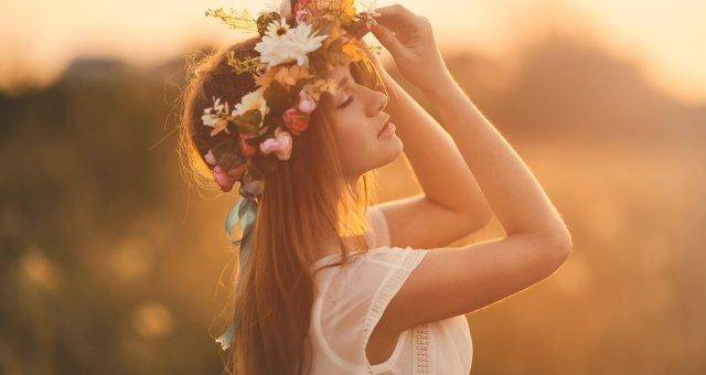 «Все женщины похожи на цветы» — стих, который стоит прочитать каждой из нас