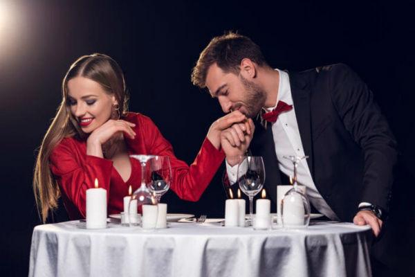 7 причин почему женщина привлекает мужчин, даже если она не одинока