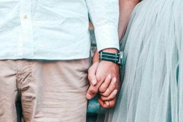7 признаков того, что мужчина в вас влюблен
