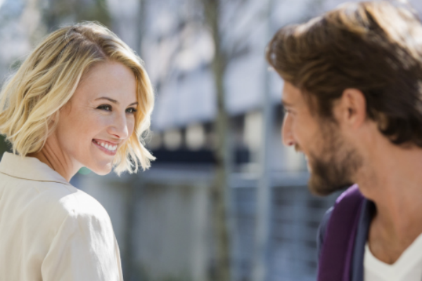 10 способов привлечь внимание мужчин