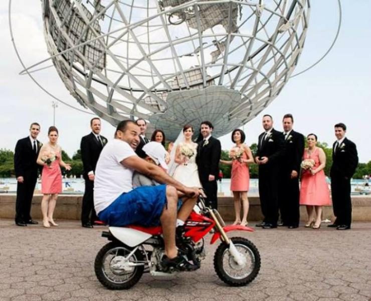 20 неудачных свадебных фото, которые потешили всех, кроме невест