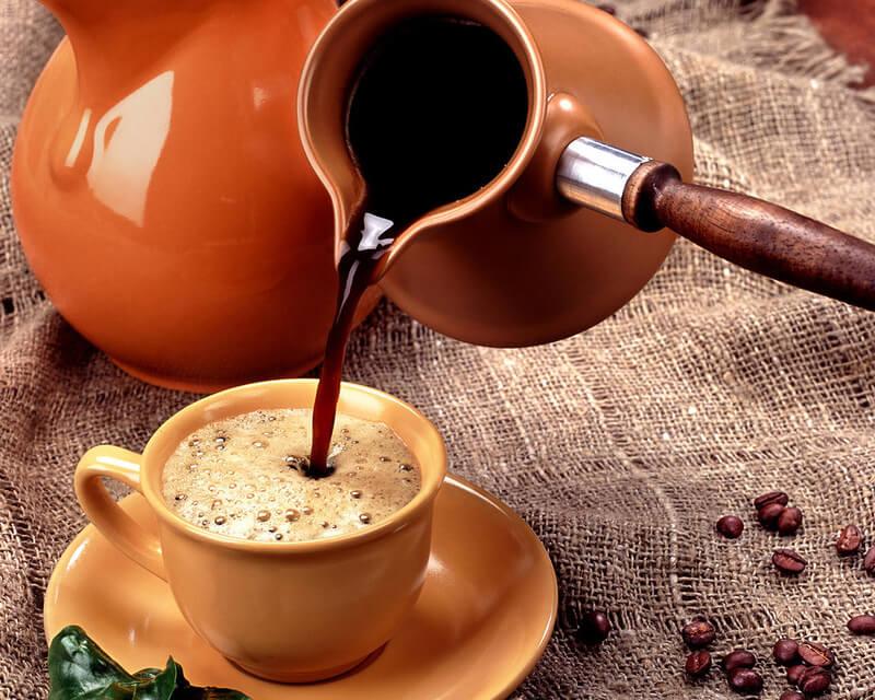 Учёные наконец выяснили, стоит ли пить кофе по утрам. Ответ наверняка тебя удивит!