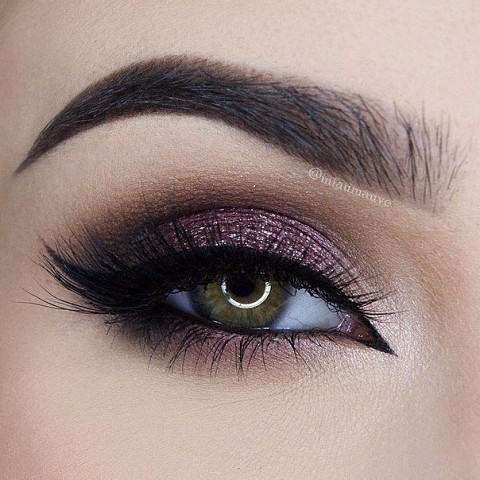 Подборка потрясающих вариантов макияжа для зеленых глаз (11 фото)